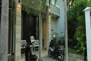 RedDoorz @Glogor Carik Bali - Eksterior