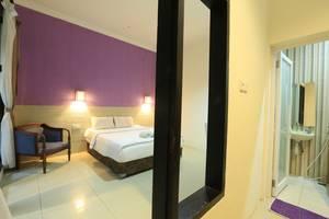 RedDoorz @Glogor Carik Bali - Kamar tamu
