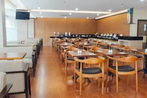 Hotel 88 Tendean - Ruang makan