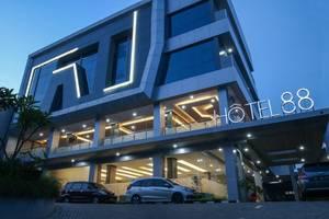 Hotel 88 Tendean - bangunan