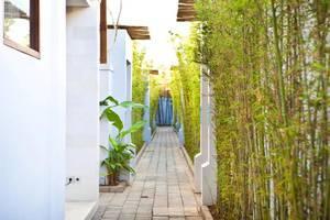 Anemalou Villas & Spa Seminyak - Eksterior