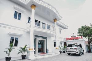 RedDoorz Syariah near Transmart Lampung