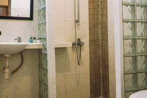 Villa Puri Royan Bali - Standar AC: kamar mandi