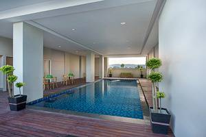 Whiz Prime Hotel Ahmad Yani Lampung - Kolam Renang