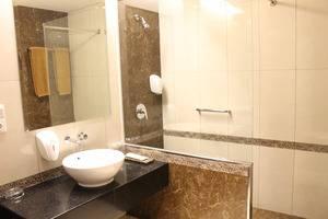 Sukajadi Hotel Bandung - Kamar mandi