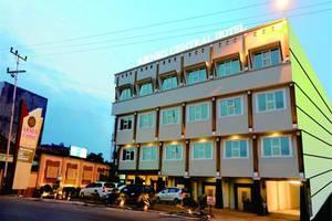 Arnes Central Hotel