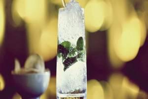 Hotel Alila Jakarta - Minuman koktail