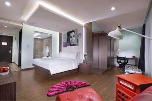 Fame Hotel Batam Batam - Junior Suite Room