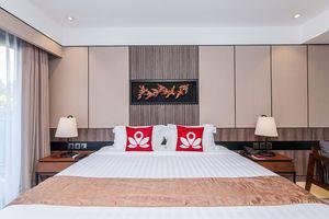 ZEN Premium Nusa Dua Pratama 2 Bali - Tampak tempat tidur double
