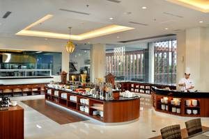 The Atrium Hotel and Resort Yogyakarta - Buffet Breakfast