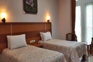 Hotel Bintang Redannte Garut - Deluxe Twin