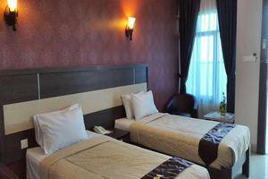 Hotel Bintang Redannte Garut - Suite Twin