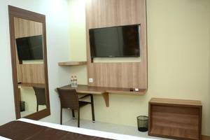 D'Hotel Holiday Makassar Makassar - Interior