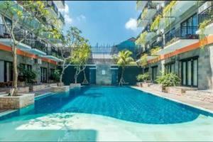 Hardys Rofa Hotel Legian - Kolam Renang
