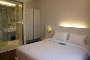 Everbright Hotel Surabaya -