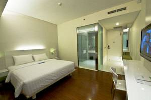Everbright Hotel Surabaya - Kamar Tamu