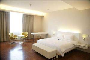 Everbright Hotel Surabaya - Rooms1