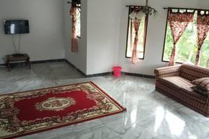 Villa Sabrina Bumi Ciherang Cianjur - 18