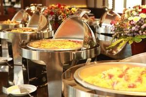 El Royale Hotel & Resort Banyuwangi Banyuwangi - Buffet