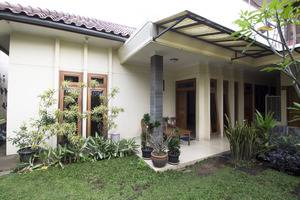 RedDoorz @ Gegerkalong Hilir Bandung - Eksterior