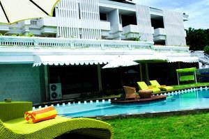 Lavender Luxury Villa & Spa Bali - Kolam Renang