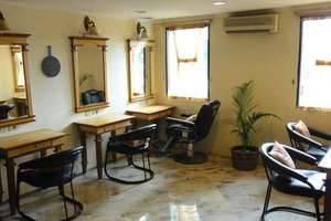 Hotel Mega Anggrek Jakarta - Mahkota Salon & Spa