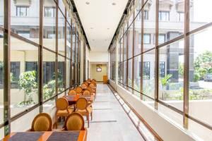 Hotel Mega Anggrek Jakarta - Koridor