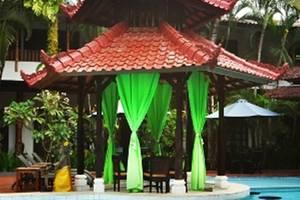 Sarinande Hotel Bali - Sunken Bar