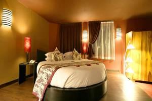 Seminyak Suite & Shiseido Spa Bali - Kamar tamu
