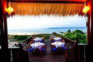 Samawa Seaside Cottages Sumbawa - Makan Malam