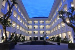 Same Hotel Cepu Blora - Exterior
