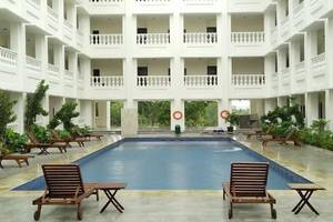 Same Hotel Cepu Blora - Pool
