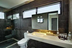 Bellevue Heritage Villas Bali - Kamar mandi