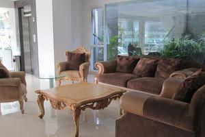 Kembang Hotel Bandung - Ruang tamu