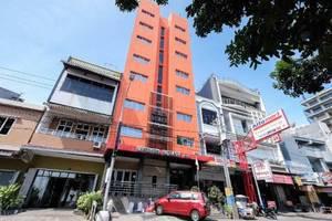 D' Bugis Ocean Hotel Makassar Makassar - Tampilan Luar Hotel