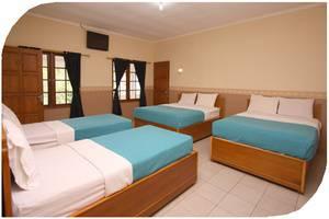 Tlogo Resort & Goa Rong View Salatiga - Kamar tamu
