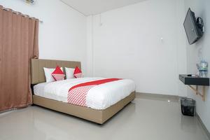 OYO 443 Hotel Barlian
