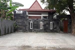Puri Langenarjan Guest House
