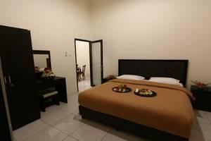 Hotel The Radiant Cirebon - Room