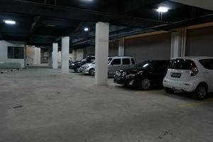 Hotel Raffleshom Bandung - Parking