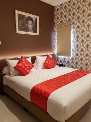 Fortune Front One Hotel Kendari Kendari - Deluxe Room