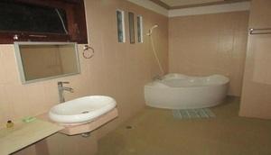 Family House Lombok - interior