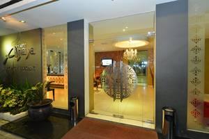 Anaya Home Hotel Medan - pemandangan keluar pintu