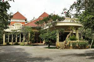 Saraswati Borobudur - Hotel Front View