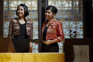 Grand Melia Jakarta - Red Level Executive Lounge Reception