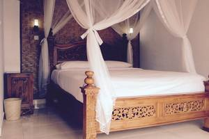 KarangSari Guest House Bali - Standar Tempat Tidur Double