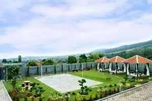 Osmond Villa & Resort Bandung - Tampak Luar