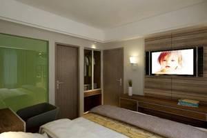 Travellers Hotel Phinisi Makassar - Semua Rooom