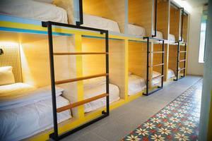 Borough Capsule Hostel Bali -