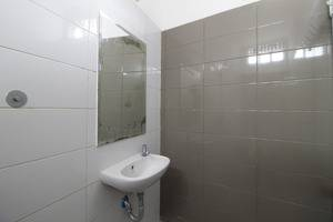 RedDoorz @Radio Dalam 2 Jakarta - Kamar mandi